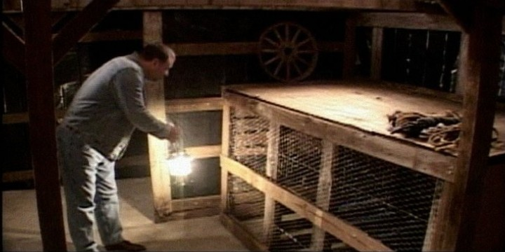 burt-cage.JPG